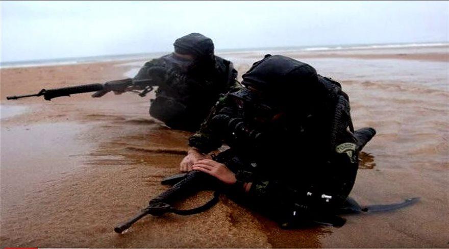 SBS: Τα «φαντάσματα του νερού» που έσωσαν το δεξαμενόπλοιο της Φράγκου  BINTEO - Φωτογραφία 2