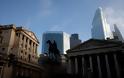 Τρεις τράπεζες του City συζητούν να έρθουν Ελλάδα