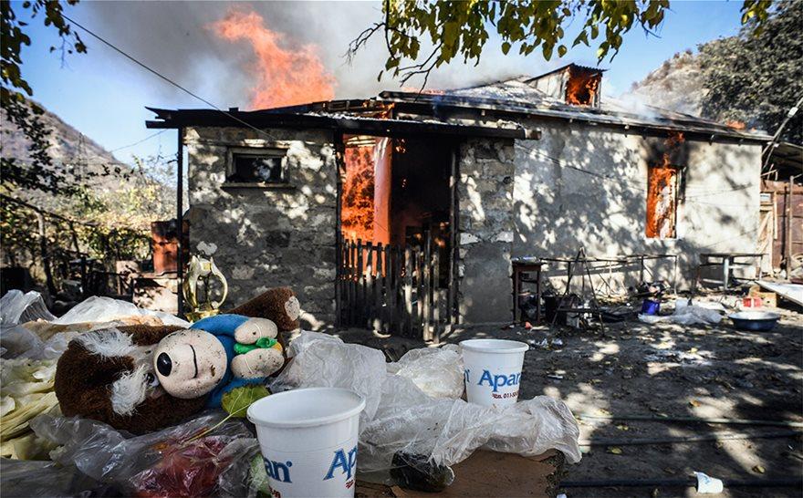 Ναγκόρνο Καραμπάχ: Καμένη γη μετά τη συμφωνία- Οι κερδισμένοι και οι χαμένοι - Φωτογραφία 5