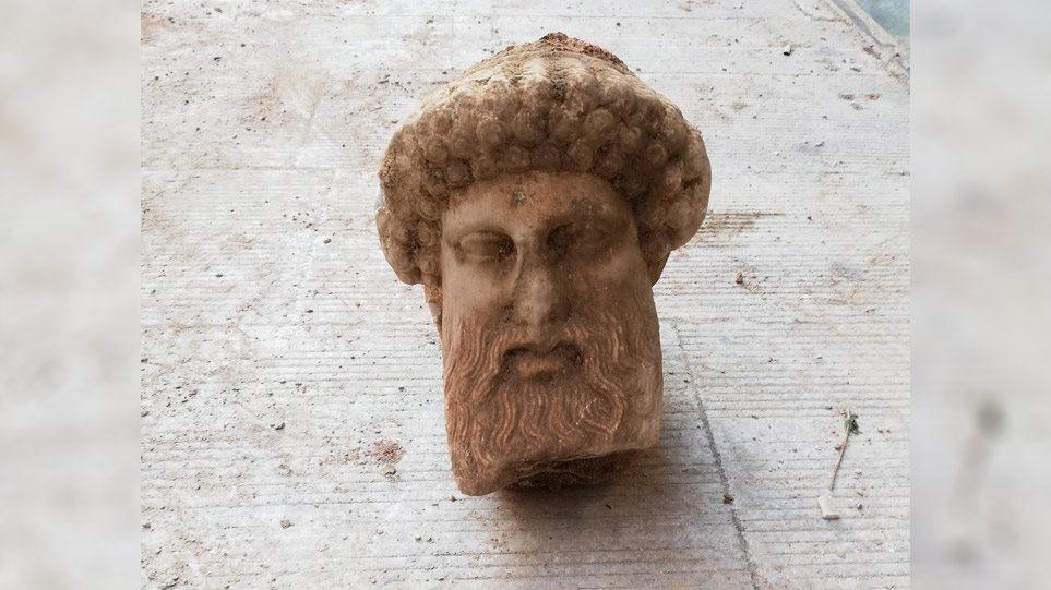 Πρωτότυπο έργο του 4ου αιώνα π.Χ. η κεφαλή της Αιόλου - Φωτογραφία 1