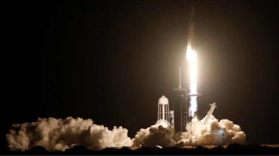 Το ταξίδι του SpaceX με πλήρη ομάδα αστροναυτών ξεκίνησε - - Φωτογραφία 1