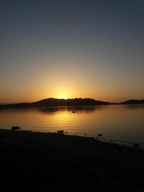 Δείτε φωτο με το φακό Μιλτιάδη Πάτση από το  Νησάκι Κουκουμίτσα στην Βόνιτσα Αιτωλοακαρνανίας - Φωτογραφία 1