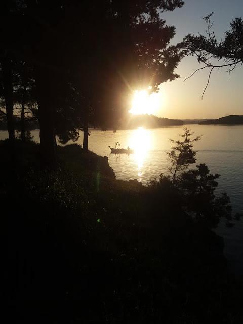 Δείτε φωτο με το φακό Μιλτιάδη Πάτση από το  Νησάκι Κουκουμίτσα στην Βόνιτσα Αιτωλοακαρνανίας - Φωτογραφία 2