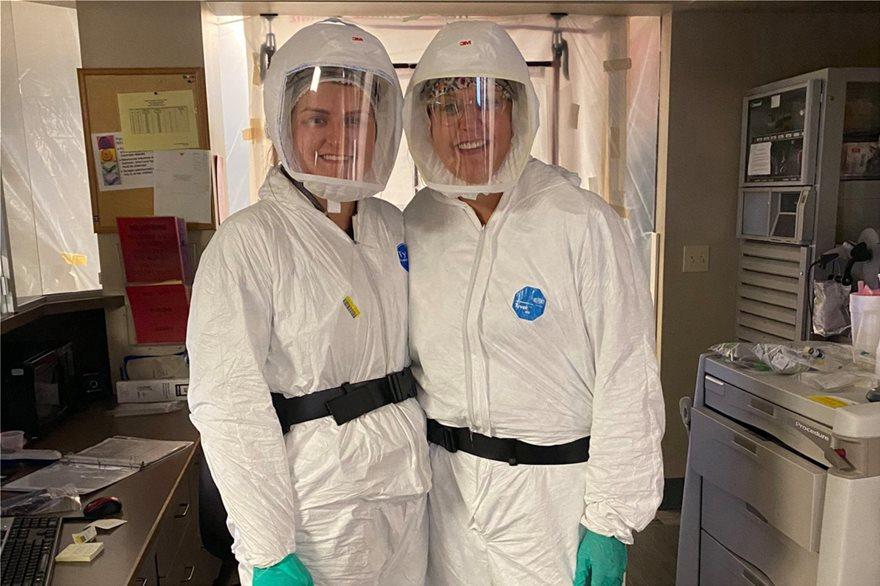 ΗΠΑ: «Ακόμα και στις τελευταίες τους στιγμές, ασθενείς παραμένουν αρνητές του ιού» λέει νοσηλεύτρια - Φωτογραφία 2