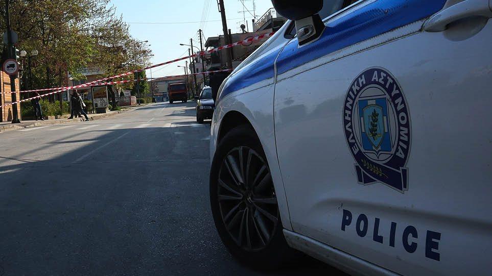 Εκβίαζαν 43χρονη με «ροζ» φωτογραφίες - Πώς έπεσαν στα χέρια της αστυνομίας - Φωτογραφία 1