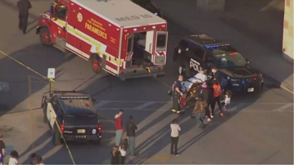 ΗΠΑ: Συνελήφθη 15χρονος για την ένοπλη επίθεση με 8 τραυματίες σε εμπορικό στο Ουισκόνσιν - Φωτογραφία 1