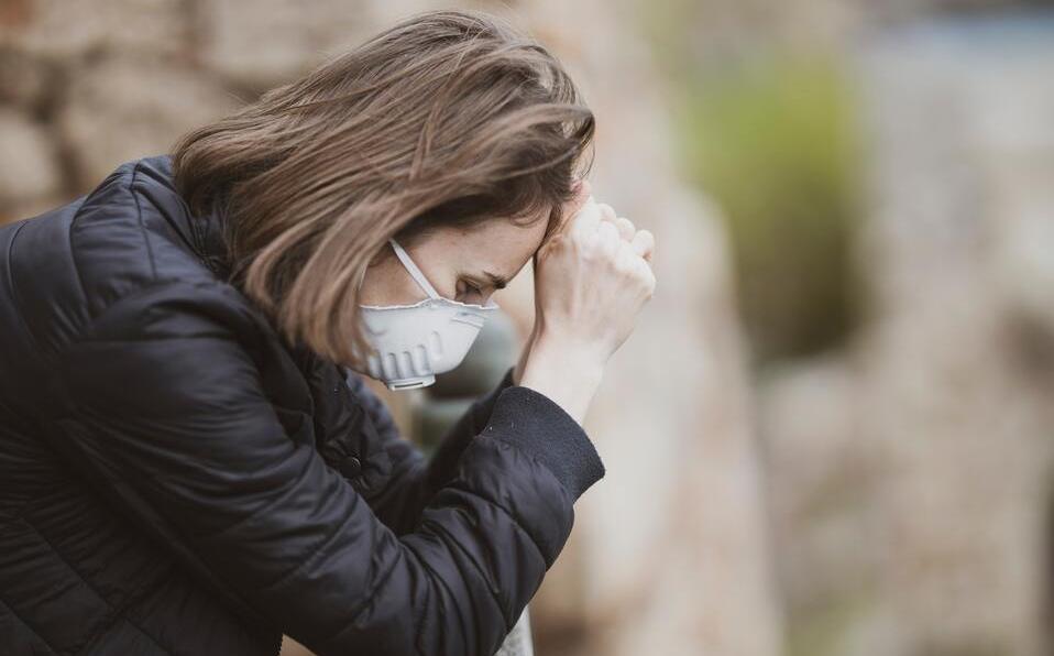 Έρευνα: Κατάθλιψη και μετατραυματικό στρες για το 20% ατόμων που ανέρρωσαν από κορωνοϊό - Φωτογραφία 1