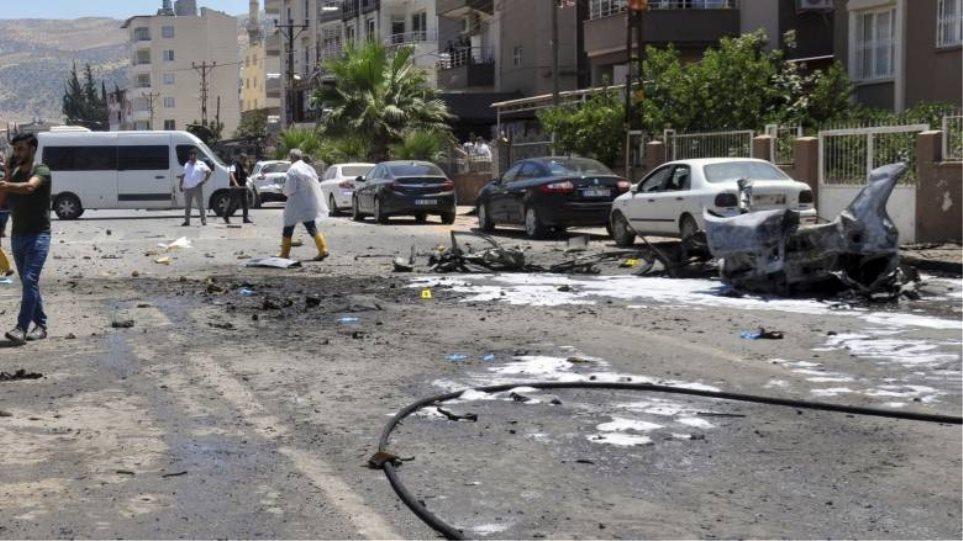 Συρία: Τουλάχιστον 30 νεκροί σε επιθέσεις εναντίον φιλότουρκων ανταρτών - Φωτογραφία 1