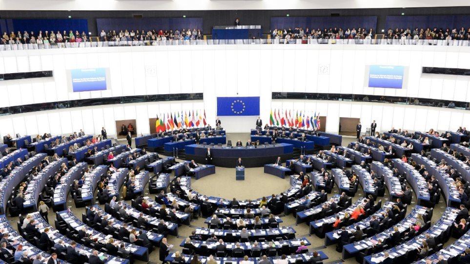 To Ευρωπαϊκό Κοινοβούλιο καταδικάζει με 631 ψήφους την Τουρκία για τα Βαρώσια - Φωτογραφία 1