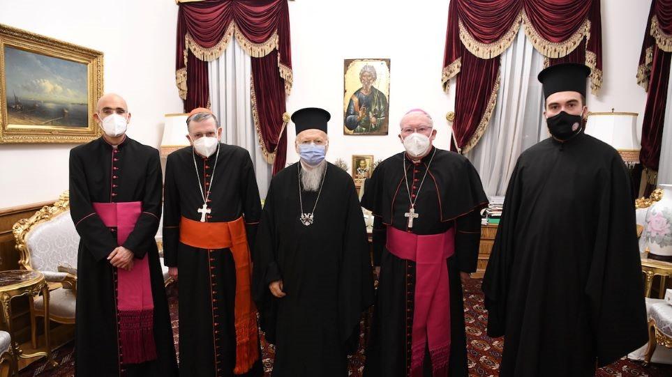 Βαρθολομαίος συναντήθηκε με αντιπροσωπεία της τουρκικής κυβέρνησης - Φωτογραφία 1