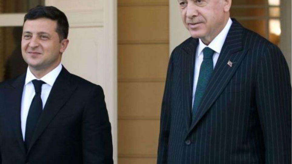 Η Ουκρανία μιλά για συνεργασία με την Τουρκία στο θέμα της Κριμαίας - Τα βλέμματα στην απάντηση της Μόσχας - Φωτογραφία 1