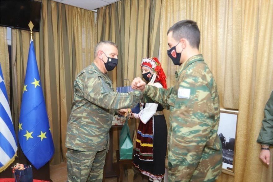 Σε Άραξο, Ανατολική Μακεδονία και Θράκη ο αρχηγός ΓΕΕΘΑ - Φωτογραφία 2