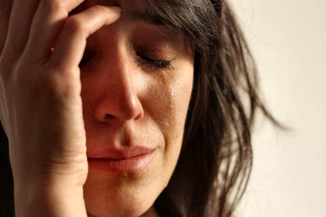 Φοβίες άγχος κρίσεις πανικού. Ψυχολογικά και Σωματικά συμπτώματα. Η σημασία της άσκησης και της διατροφής - Φωτογραφία 1