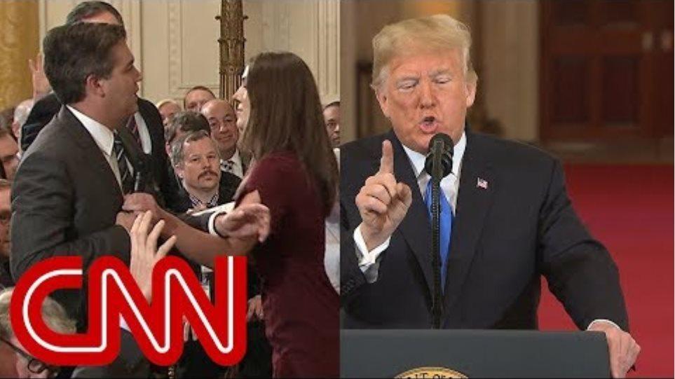 Τζιμ Ακόστα: Ο δημοσιογράφος που «έφαγε πόρτα» από τον Λευκό Οίκο λέει ότι ο Τραμπ «τα έχει χαμένα» - Φωτογραφία 2