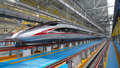Η Κίνα παρουσίασε ένα νέο τρένο υψηλής ταχύτητας που έχει σχεδιαστεί για εξαιρετικά κρύα κλίματα. - Φωτογραφία 1