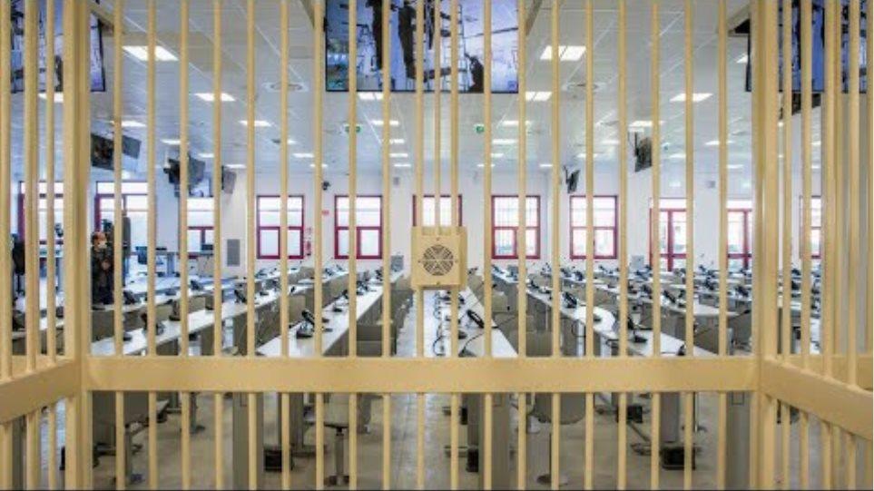Ντραγκέτα: Ξεκινάει στην Ιταλία η μεγαλύτερη δίκη κατά της μαφίας εδώ και δεκαετίες! - Φωτογραφία 2