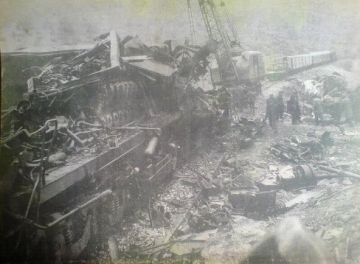 Σαν σήμερα: Το πολύνεκρο σιδηροδρομικό δυστύχημα στο Δοξαρά. - Φωτογραφία 1