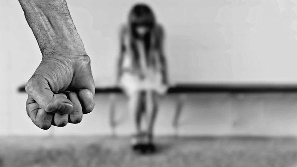 Θεσσαλονίκη: Παιδεραστής βίαζε 13χρονη και της έδινε χατζιλίκι - Φωτογραφία 1