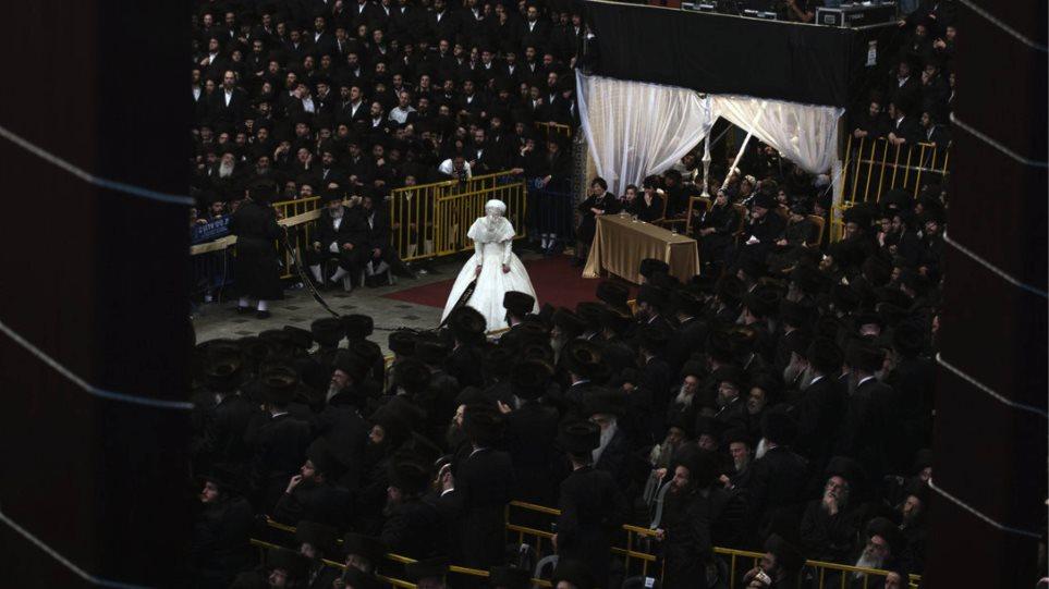 Χαμός σε γάμο χασιδιστή στο Μπρούκλιν - Φωτογραφία 1