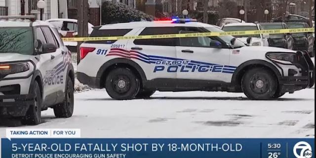 Μωρό 18μηνών σκότωσε τον 5χρονο ξάδερφό του με όπλο που βρήκε στο σπίτι - Φωτογραφία 1