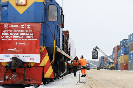 Το 1ο  εμπορικό τρένο από την Τουρκία έφτασε κοντά στην Ρωσική πρωτεύουσα. - Φωτογραφία 1