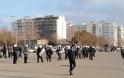 Θεσσαλονίκη: Πορεία κατά του lockdown στη Νέα Παραλία - Φωτογραφία 3