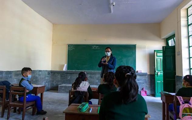 Χάθηκε το ένα τρίτο της σχολικής χρονιάς κατά μέσο όρο παγκοσμίως - Φωτογραφία 1