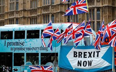 Brexit: Η ΕΕ ξεκινά δύο διαδικασίες επί παραβάσει εναντίον της Βρετανίας - Φωτογραφία 1