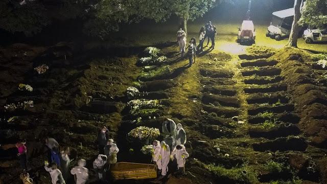 Κορoναϊός - Βραζιλία: Η μεγαλύτερη γενοκτονία στην ιστορία της χώρας τα 300.000 θύματα - Φωτογραφία 1