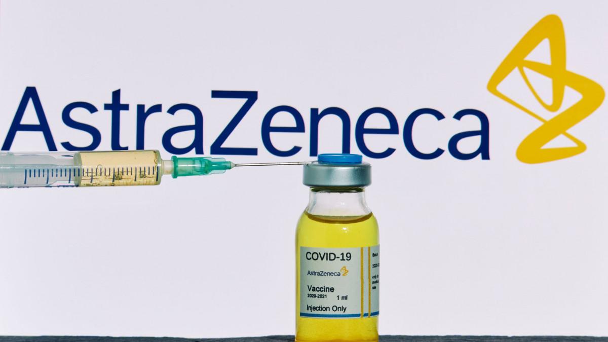 Ποια συμπτώματα πρέπει να προσέξουν όσοι εμβολιάζονται με AstraZeneca - Φωτογραφία 1