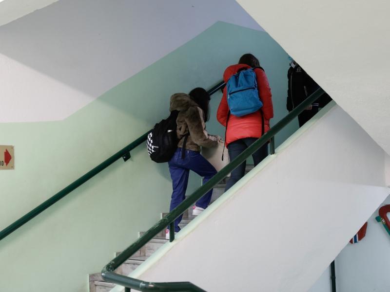Self test: 193 μαθητές και εκπαιδευτικοί θετικοί στον κορονοϊό - Φωτογραφία 1