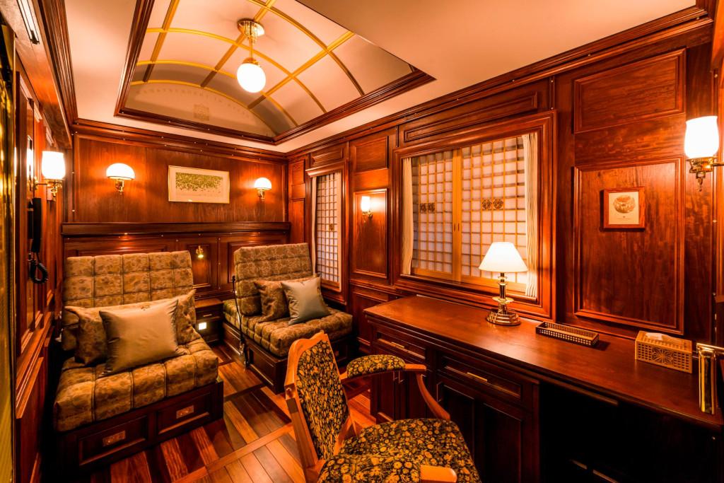 Ταξιδεύοντας με το πιο πολυτελές τρένο στον κόσμο (βίντεο). - Φωτογραφία 3
