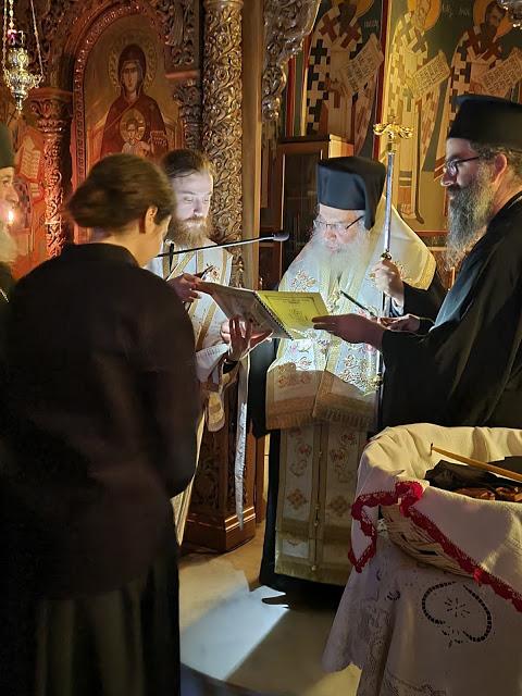 Κουρά Μοναχής στην Ι. Μ. Αγίου Ιλαρίωνος από τον Μητροπολίτη Εδέσσης, Πέλλης και Αλμωπίας κ. Ιωήλ - Φωτογραφία 1