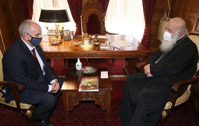 Συνάντηση του Δημάρχου Ι.Π. Μεσολογγίου Κώστα Λύρου με τον Αρχιεπίσκοπο Αθηνών και Πάσης Ελλάδος κ. Ιερώνυμο - Φωτογραφία 2
