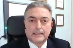 Βασιλακόπουλος: Αν μείνουμε Αθήνα το Πάσχα, τα κρούσματα θα αυξηθούν – Να ανοίξει η εστίαση έξω