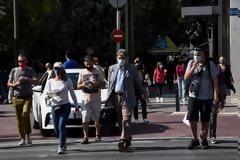 Πού εντοπίστηκαν τα 1.829 κρούσματα: 917 στην Αττική, 225 στη Θεσσαλονίκη, οι περιοχές στο «κόκκινο»