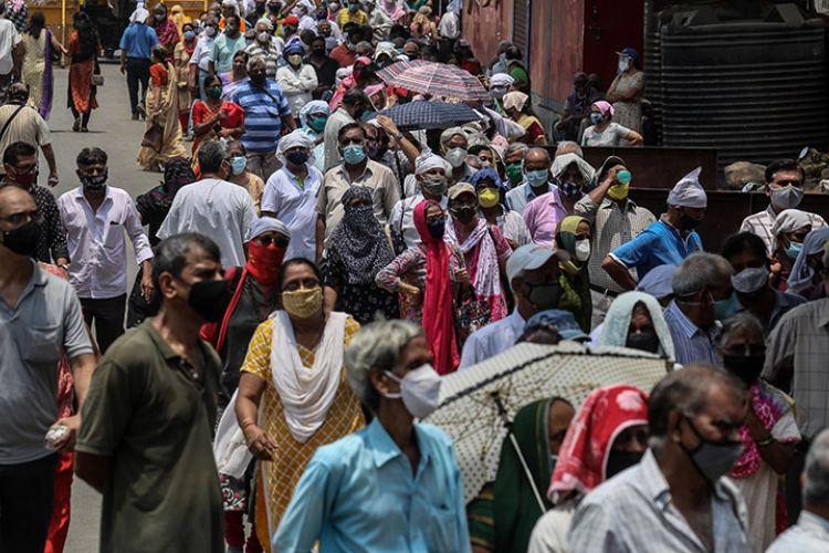 Φόβοι για μισό δισ. κρούσματα στην Ινδία - Φωτογραφία 1