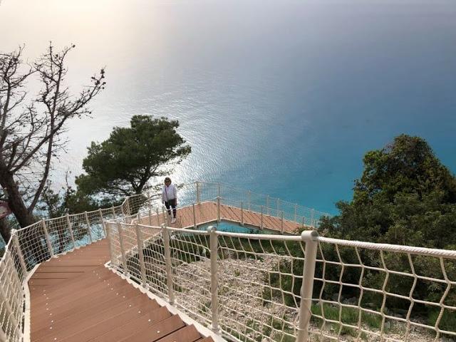 Η νέα πρόσβαση για την πρώτη παραλία της δυτικής Λευκάδας. Εγκρεμνοί. - Φωτογραφία 3