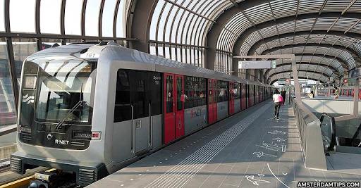 Χάρτης και οδηγός του μετρό του Άμστερνταμ - Φωτογραφία 1