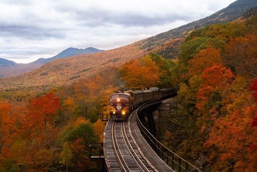 Οι δέκα πιο ειδυλλιακές σιδηροδρομικές διαδρομές της Ευρώπης. - Φωτογραφία 1