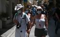 Τουρισμός: Οι ΗΠΑ χαλάρωσαν τους ταξιδιωτικούς περιορισμούς για την Ελλάδα