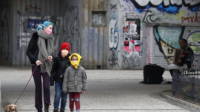 Κορονοϊός – Έρευνα: Εξίσου μεταδοτικά με τους ενήλικες τα παιδιά - Φωτογραφία 1