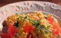 Υγιεινές συνταγές από τον σεφ Παναγιώτη Μουτσόπουλο: Αυγά scrambled με καπνιστό σολομό