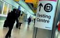 Κοροναϊός  Αγγλία: Οι νέοι ταξιδιωτικοί κανόνες για την πανδημία προκαλούν οργή σε όλο τον κόσμο