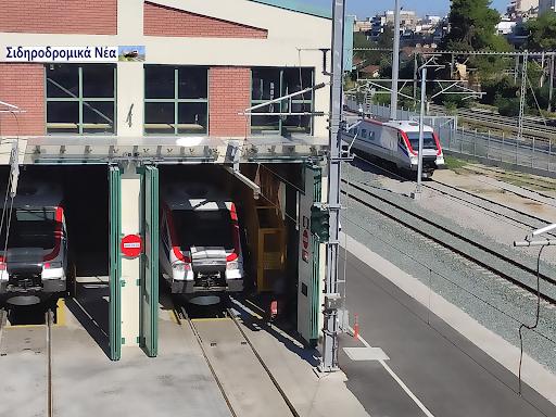 Η «γκέλα» της ΤΡΑΙΝΟΣΕ που κρατά τα τρένα κολλημένα στο αμαξοστάσιο. - Φωτογραφία 1