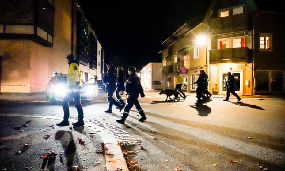Σoκ στη Νορβηγία: Επίθεση με τόξο και βέλη - Νεκροί και τραυματίες - Φωτογραφία 1