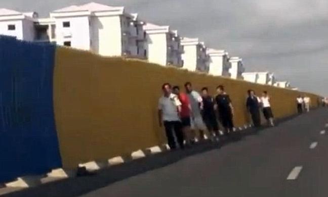 Έχτισαν ολόκληρη πόλη αλλά οι πολίτες δεν έχουν λεφτά για να μείνουν εκεί! - Φωτογραφία 5