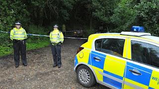Τραγωδία στη Βρετανία με έναν πατέρα να αυτοκτονεί αφού πρώτα δολοφόνησε τα 3 του παιδιά! - Φωτογραφία 1