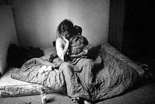 Κάτω από το όριο της φτώχειας τo 11,1% των οικογενειών στην Ιταλία - Φωτογραφία 1