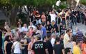Νίκαια : Στελέχη του ΣΥΡΙΖΑ φωτογράφιζαν και στοχοποιούσαν όσους έπαιρνα τρόφιμα από τους κακούς φασίστες [Φώτο + Βίντεο] - Φωτογραφία 3